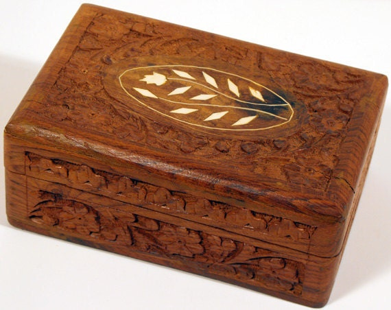 Vintage Wood Box Hand Carved In India Of Himalayan Jungle