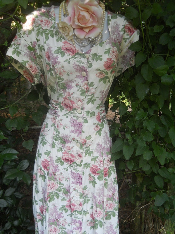 Floral vintage dress cotton cream pink roses  summer  romantic medium large  by vintage opulence on Etsy