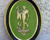 Vintage Hercules gerahmtes Bild Sculpted Metall auf Olive Stoff