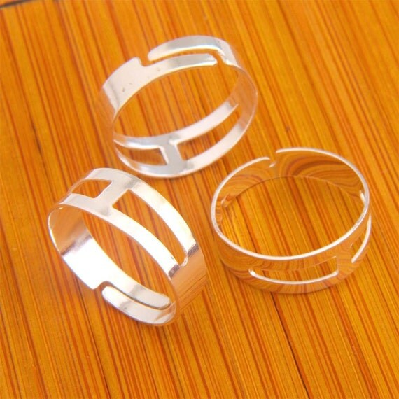 17MM 100pcs Findings Adjustable silvery white Base Blank RING ----KZ02