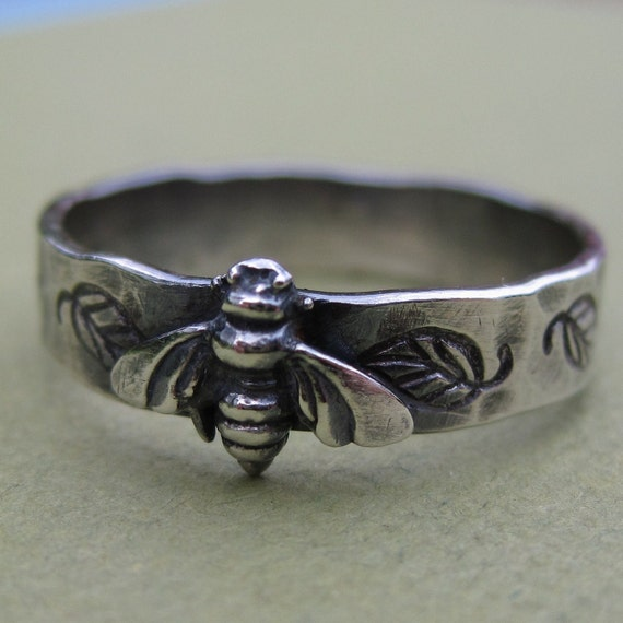 Sterling Silver Bee Ring