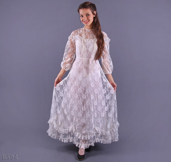 70s White Lace Wedding Gown / Victorian Maxi Lace Dress / Small
