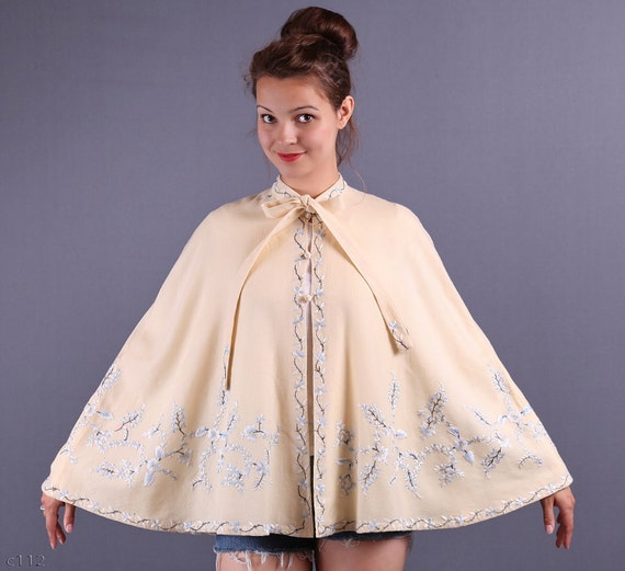 40s Embroidered Cape / Ivory Lady Cape / M