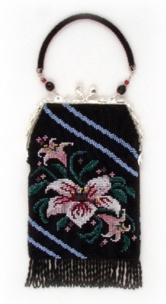 Lily ( Crocheted Beaded Purse Pattern ) PDF Digital Download