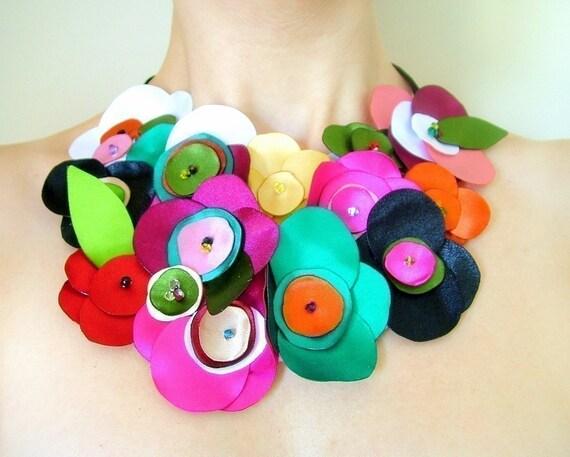 Ribbon Roses - Neckpiece