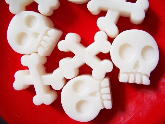 Pirate Soap Skull and Crossbones Set - Soap Favors, Kids Soap, Bone Soap, Teen Gift, Black Cherry Soap, Children Soap, Goth Soap, Skull Soap