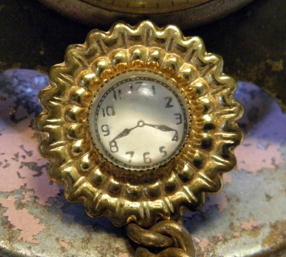 Vintage Clock Button