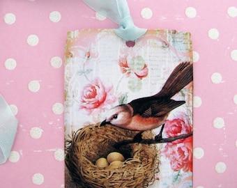 Shabby Bird Nest Tags