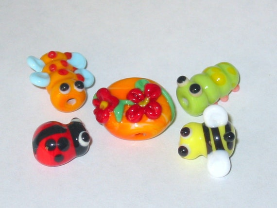 Reserved for roxannalou   Little Bugs Lampwork beads