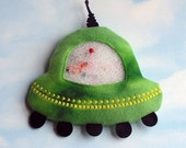 Flying Saucer I Spy Bag - take it on your next trip to outer space
