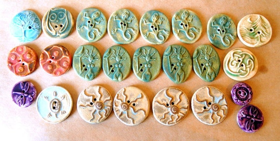 5 Handmade Ceramic Buttons - Reserved for collierdesigns