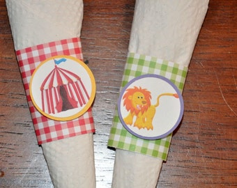 Circus Napkin Rings. Cutlery. Carnival. Big Top. Gingham. Set of 12