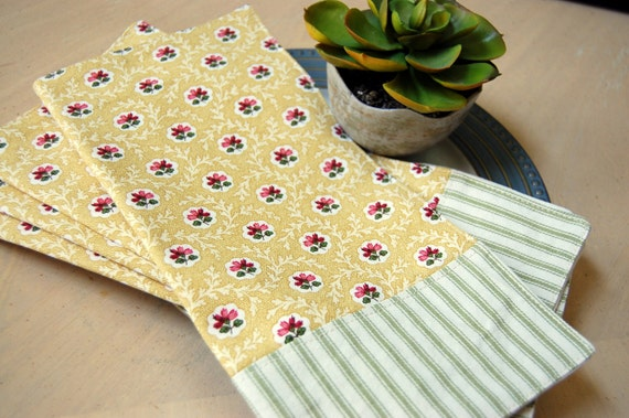 Country Morning Reversible Cloth Bistro Napkins