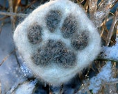 Felted bobcat track pin