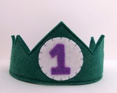 Wool Felt Birthday Crown -- custom made with the number of your choice