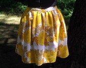 60s Vintage Fabric Yellow Floral Dirndl Skirt Size Large Plus