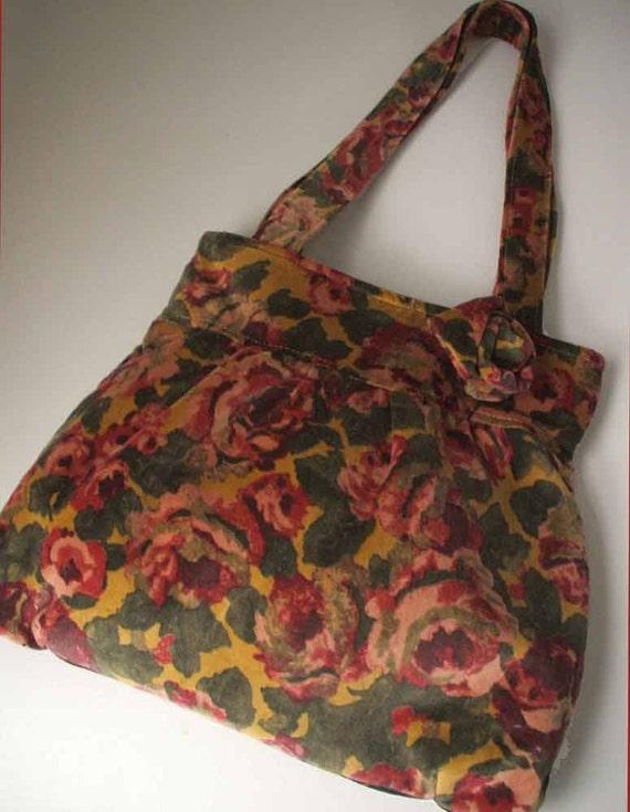Velvet Roses Shoulder Bag