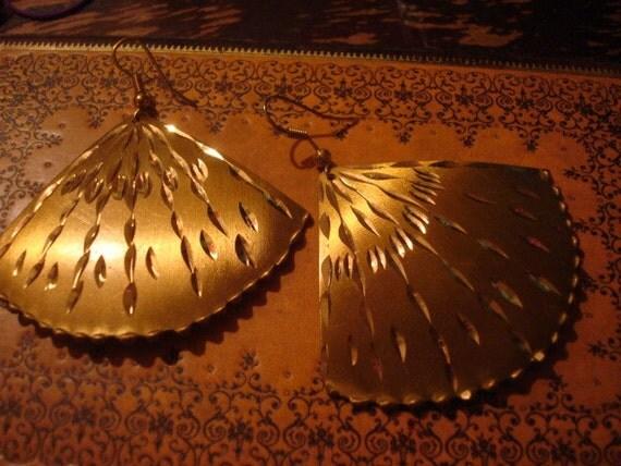 Stunning Asian Golden Fan Earrings