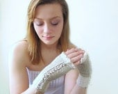 Cashmere Gloves. Fingerless. Handknit. Ivory and Wheat. Pure Cashmere