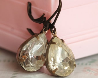 vintage glam earrings - crystal