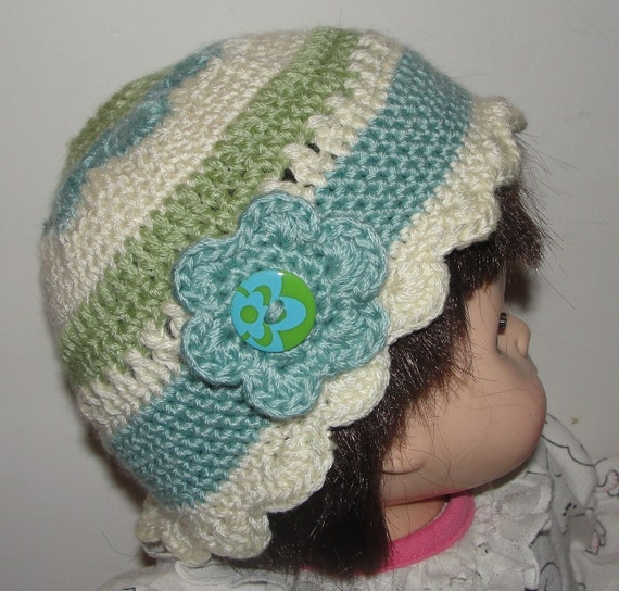 Crochet Hat Patterns Flowers : Toddler Flower Crochet Cloche Hat Pattern