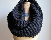 Super Snuggly chunky knit Black cowl