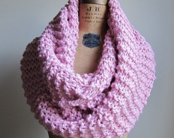 Super Snuggly Chunky knit cowl Pink Textured scarf. Handmade knitwear. Hand crafted knits.