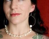 Random clusters bridal necklace