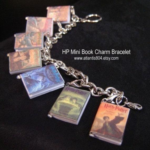 Harry Potter Mini Book Charm Bracelet (etsy)