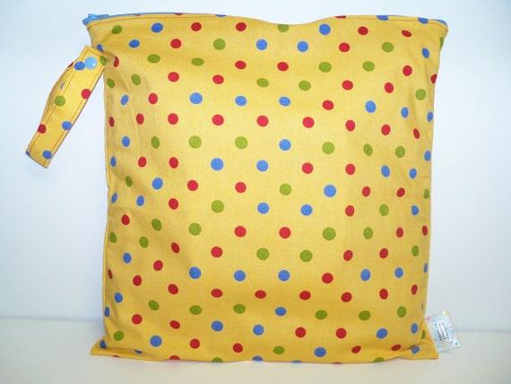 Medium Wet Bag - Wet Bag - 14 X 14 - Primary Polka Dots