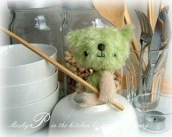 Japanese anime teddy bear Mushy Pea epattern by Jenny Lee of jennylovesbenny artist bears