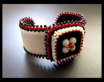 SALE 25% OFF - Retro Square - Black, Red and White Bead Embroidered Beaded Leather Cuff