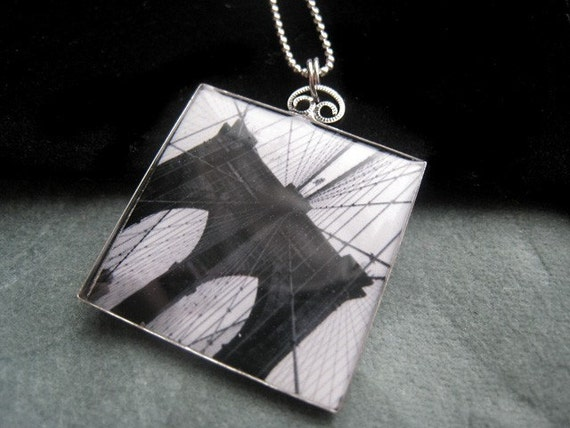 Silverplate necklace - Brooklyn Bridge