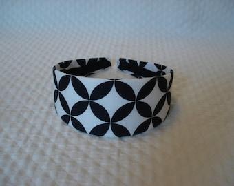 Graphic Black and White Headband