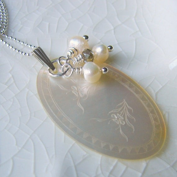 Mother Of Pearl Necklace Pearls Antique Chinese Gaming Chip Marker Jewelry