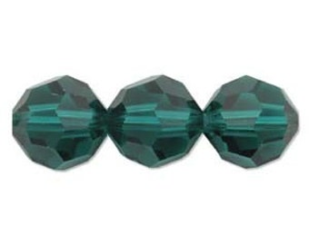 Reduced 8 8mm EMERALD SWAROVSKI Elements 5000 Crystal Beads 545205