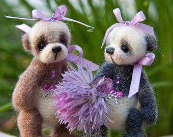 A Miniature Thread Crochet Panda Bear PATTERN