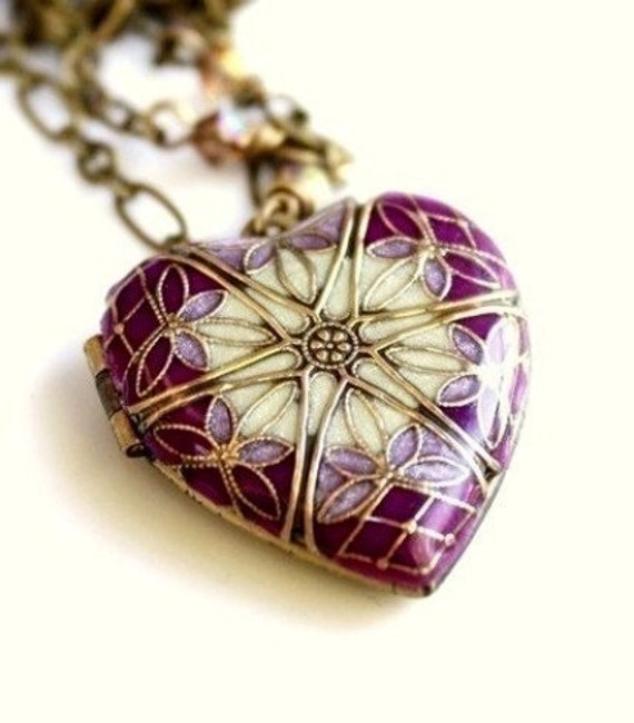 Locket, Wedding Necklace, Bridal Necklace, Bridesmaid Gift, Heart Locket, Purple Necklace, Lavender Necklace