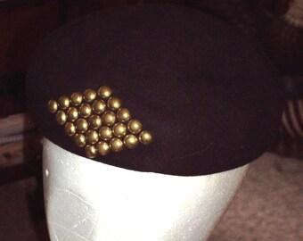 Neumann-Endler Fairfields Felt Beret Vintage 1950's Chocolate Brown Hat Brass Studded Buttons