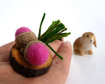 Adjustable Wood Slice Ring with Felt Pink Acorns - ACORN WOODLAND