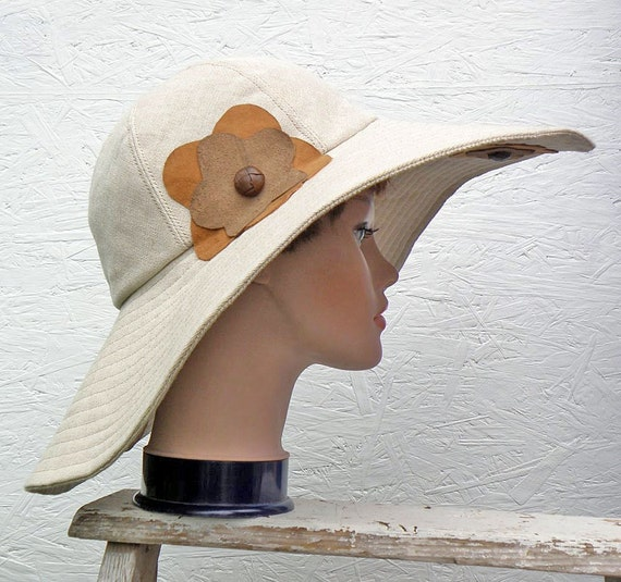 Natural Linen Sun Hat with Leather Flowers: Blossoming St Tropez Hat