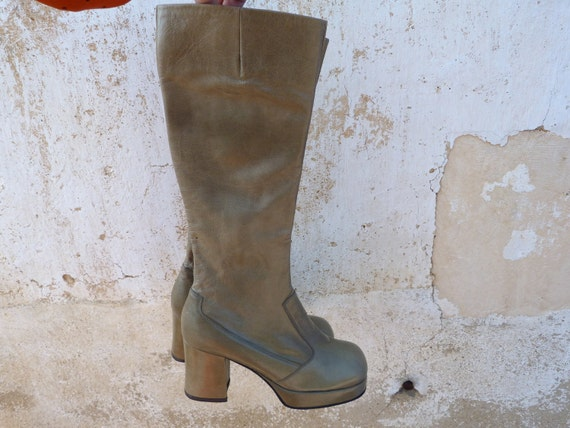 1970 plateform boots olive leather size 5 1/2