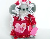Scrapbookin' Mouse-one of the cute gift felt mice ornaments for animal lovers and collectors by Warmth