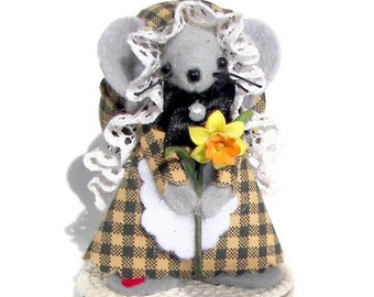 Felt Mice Gardener Miniature Whimsical Mouse Daffodil Miniature Collectible by Warmth