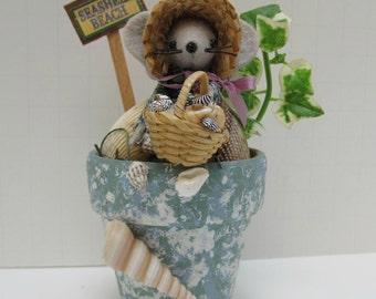 Seashell Beach Felt Mouse in Terra Cotta Pot handmade by Warmth