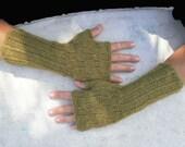 KIRSTEN Wristwarmer PDF knitting pattern