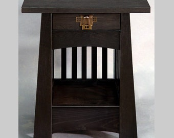 Nightstand to match Tulip Bed
