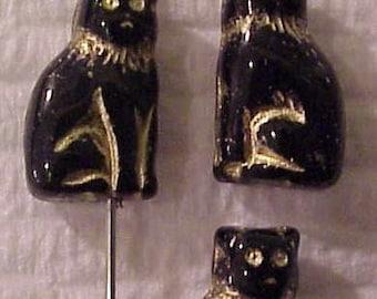 Czech Glass Cat Bead