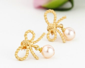 Wedding Earrings, Blush Gold Earrings, Gold Bow Earrings, Pearl Earrings, Bridal Earrings, Bridesmaids Gifts, Gift For Woman