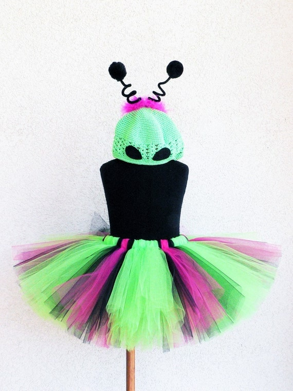 Alien Princess - Custom Sewn Alien Tutu Costume - Includes a tutu and beanie wth antenna - size NB to 5T - Perfect for Halloween